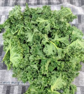 Crunchy and Delicious Kale Chips 2