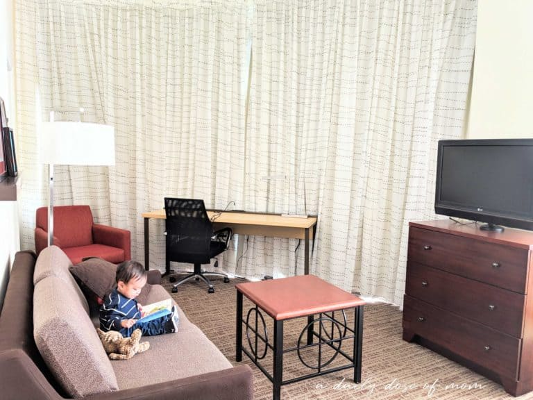 5 Tips on Staying at a Hotel With a Toddler