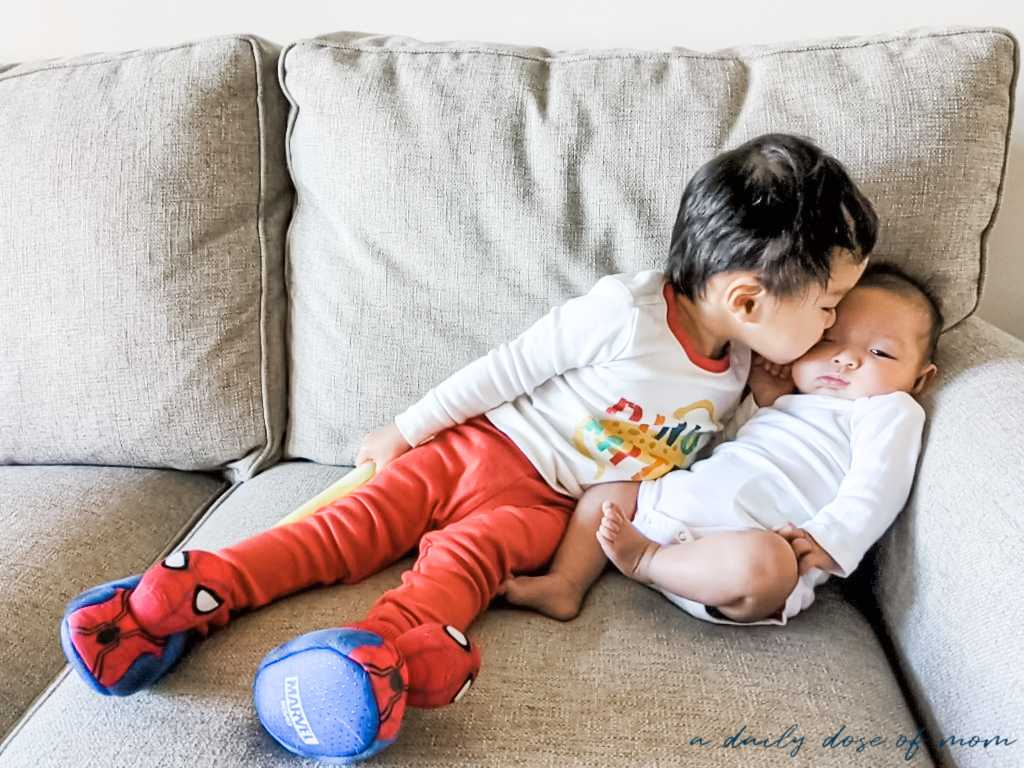 How to Introduce an Older Sibling to Baby 5