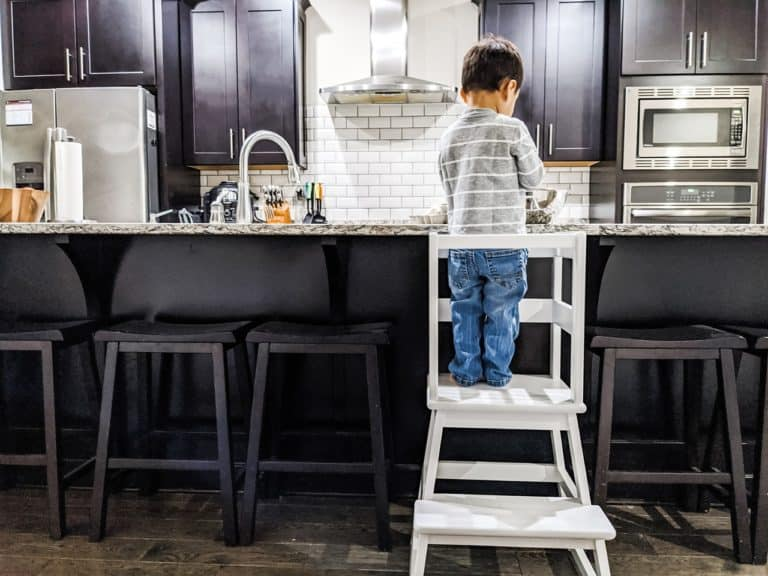 Learning Towers for Toddlers: Why You Need One (Plus Top Picks for 2021)