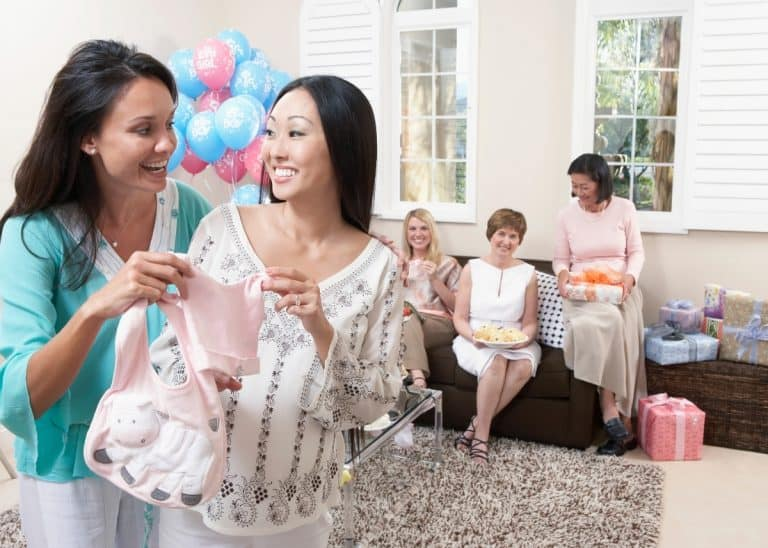 What is a Display Baby Shower? 5 Benefits and How to Throw One